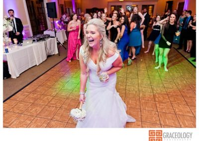 alicia-and-matt-wedding-at-the-manor-golf-club-graceology-photography_1156